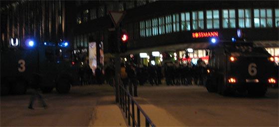 Polizeiaufgebot bei der Recht auf Stadt-Demo am Gänsemarkt